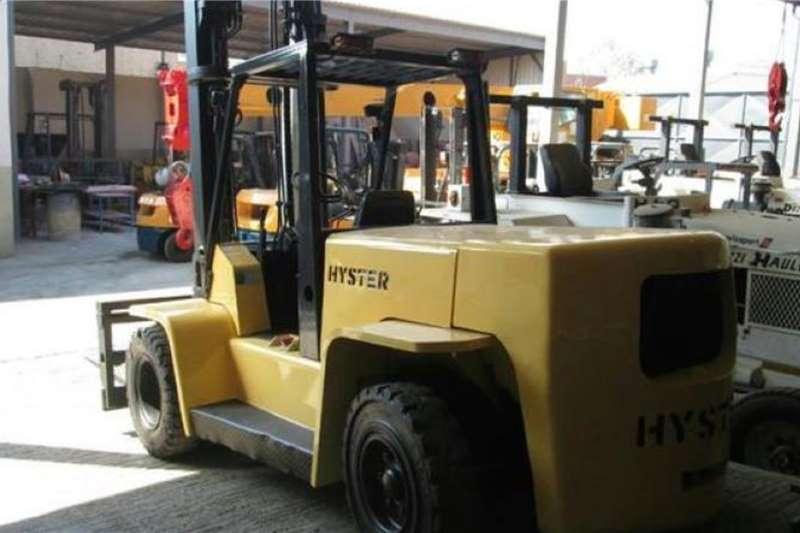 Hyster Diesel forklift 2004 Hyster XL series 7 Ton DSL Forklifts