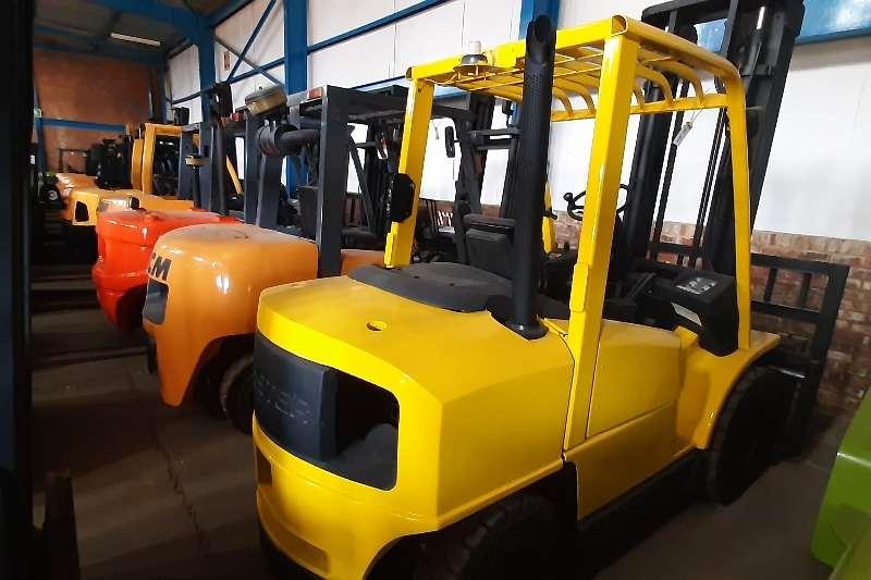 Hyster Diesel forklift H4.00xm 5 Forklifts