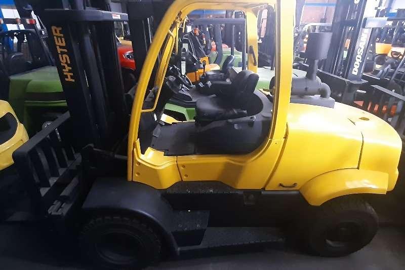 Hyster Diesel forklift H7 OFT Forklifts
