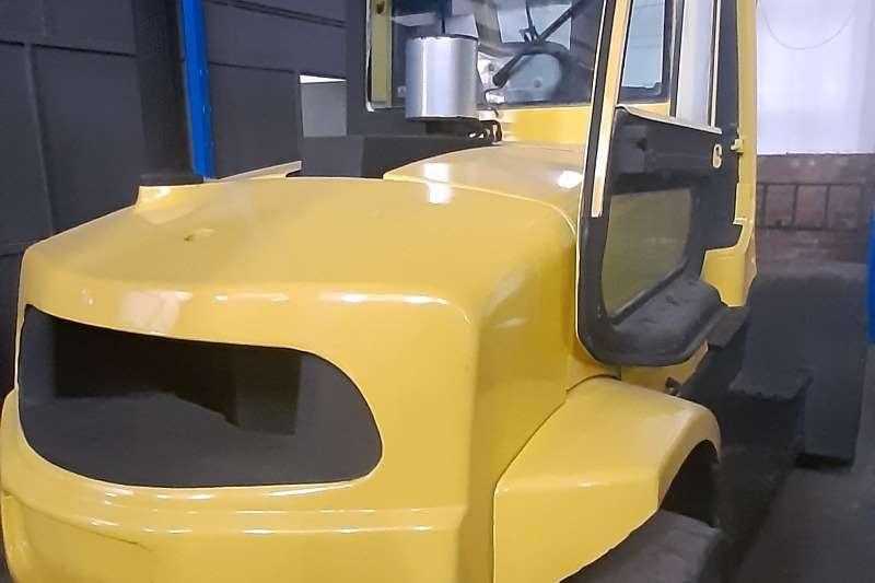 Hyster Diesel forklift H9FT Forklifts