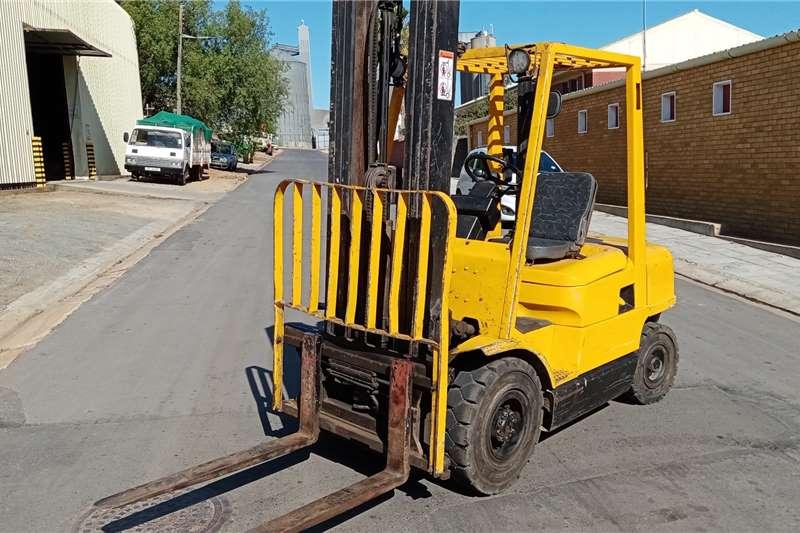 Hyster Diesel forklift Hyster H2.50XM Forklifts