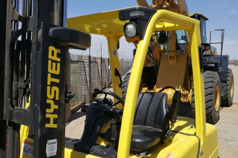 Hyster Forklifts Used 3Ton
