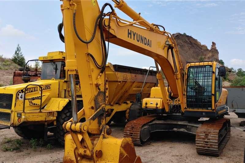 Hyundai Excavators 220LC 95H 2013