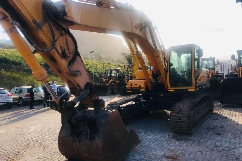 Hyundai Excavators 300LC 95 2013