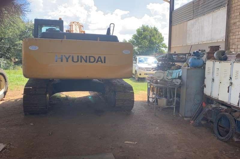Hyundai 305 Robex LC 7 Excavators