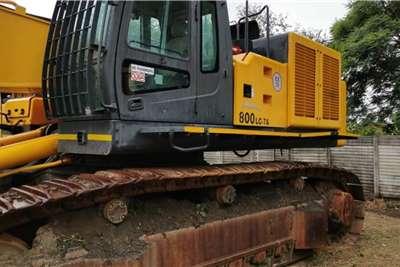 Hyundai 800 7A Excavators