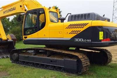 Hyundai Robex 300LC 95 Excavators