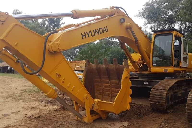 Hyundai Excavators ROBEX500LC 7 2010