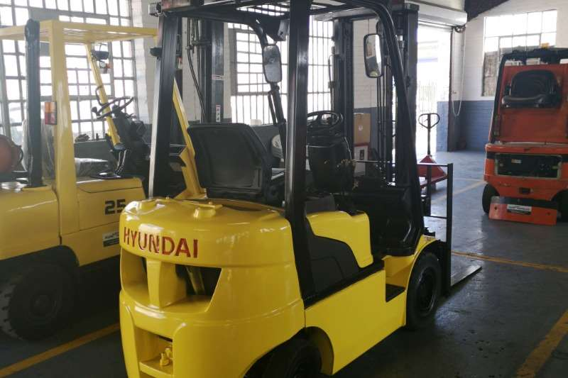 Hyundai Forklifts Diesel forklift 1.8Ton 18D 7E Forklift