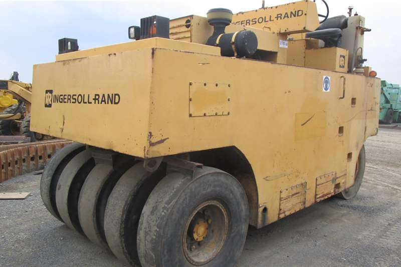 Ingersoll Rand 27TON Roller