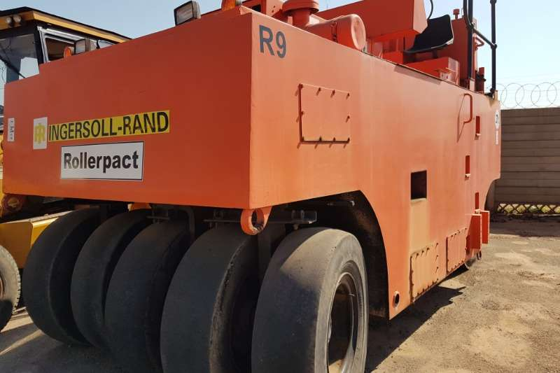 Ingersoll Rand Rollers Ingersoll Rand Rollerpact 27T Pneumatic Roller