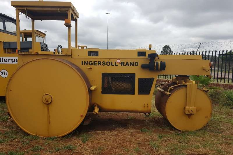 Ingersoll Rand Rollers THREE POINT ROLLER