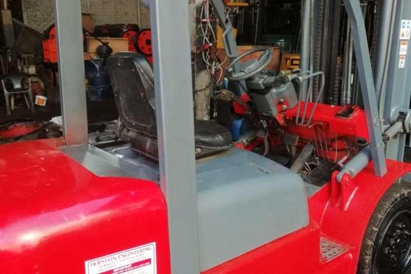 JAC Forklifts Diesel forklift 3 ton, 3m mast, side shift 2012
