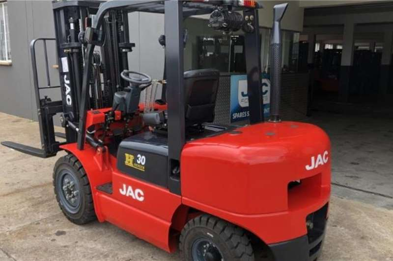 JAC Diesel forklift SPECIAL EDITION CPCD30 3 TON 4.8M FULL FREE Forklifts
