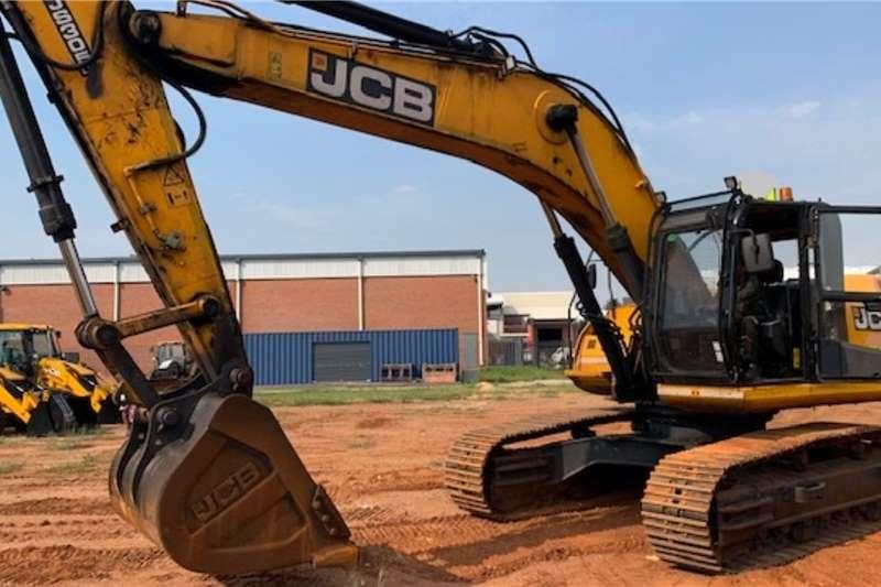 JCB Excavators JCB JS305 30 Ton Excavator 2017