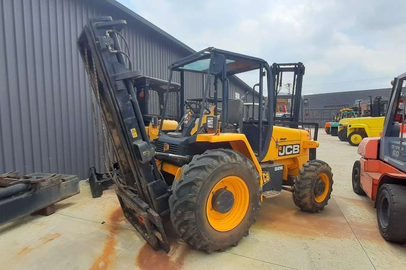 JCB Diesel forklift 926 rough terrain 3ton Forklifts