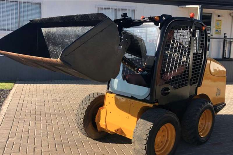 JCB Loaders 160 Robot skid steer   Bobcat 2009