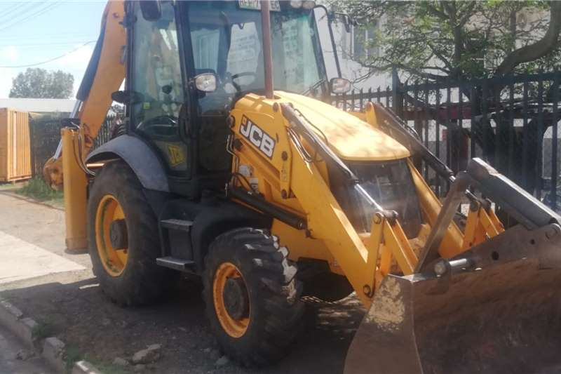 JCB TLBs 3CX ECO 2014