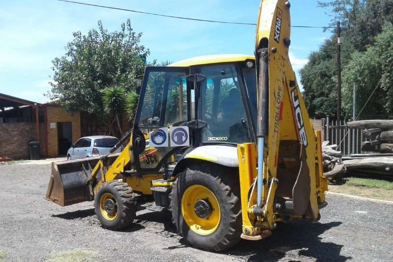 JCB TLBs Construction 3CX 2017