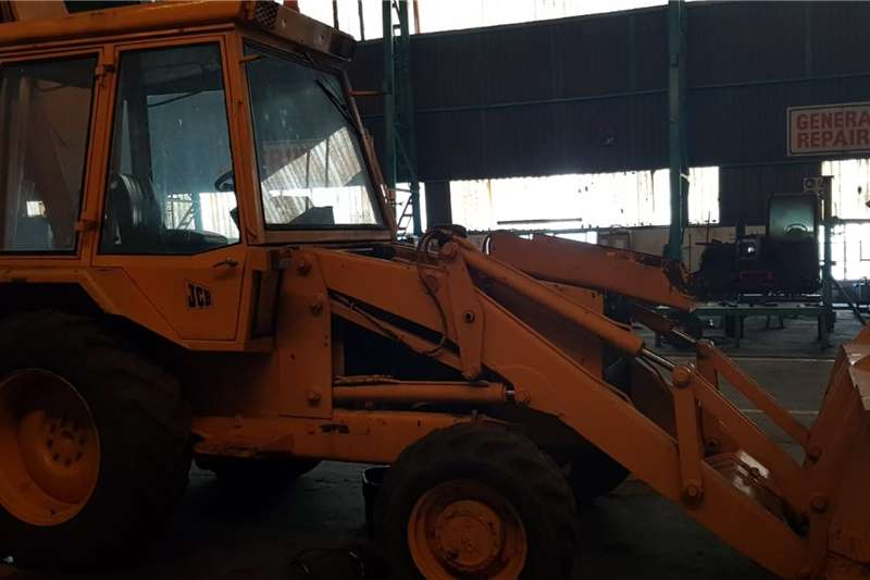 JCB TLBs Construction 3CX (4x2) (View by appointment)