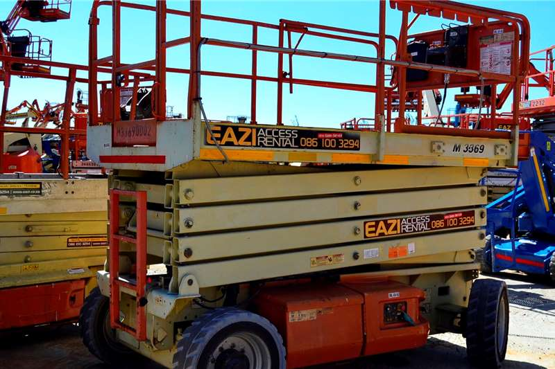 JLG JLG M3369 11.6m Electric Scissor Scissor lifts