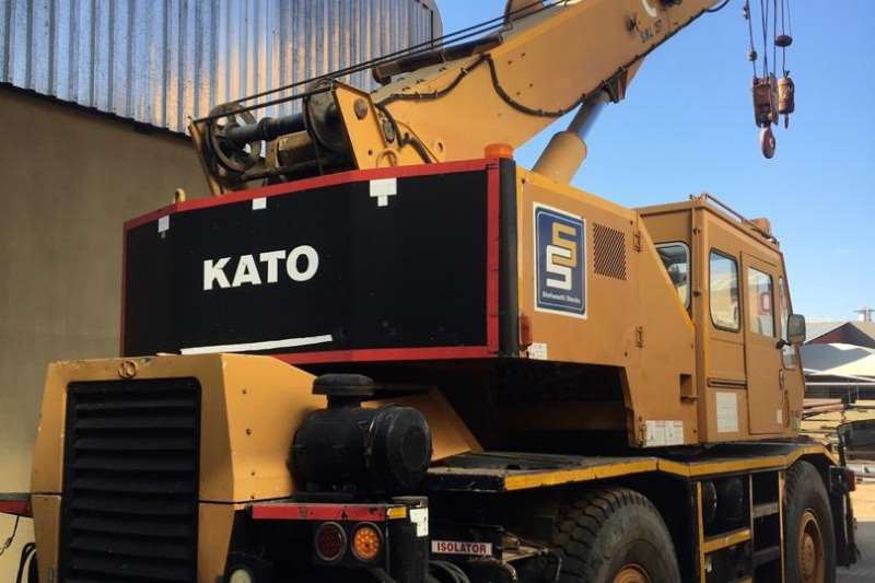 Kato Rough terrain KR25H 5 25 TON ROUGH TERRAIN Cranes