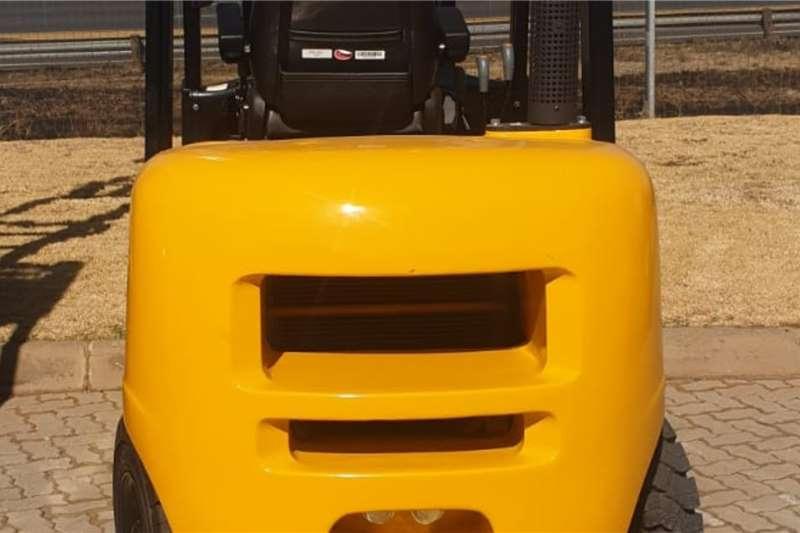 KEMACH Kemach D30 Forklift Forklifts