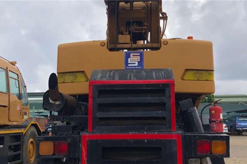 Kobelco RK250 25 TON Cranes
