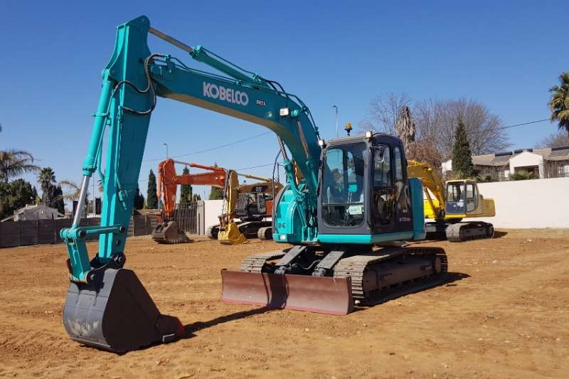 Kobelco Excavators E135BSR 2 EXCAVATOR 2011