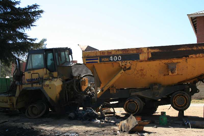 Komatsu ADTs HM400 STRIPPING FOR SPARES