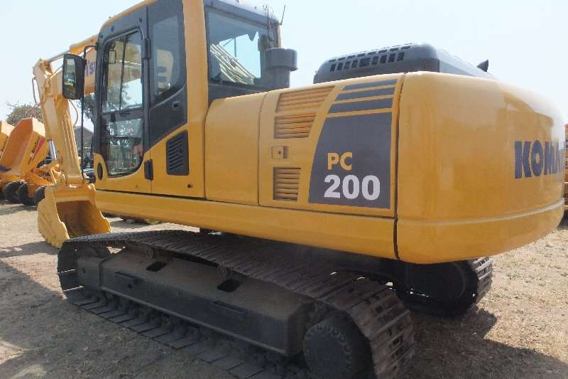 Komatsu Komatsu PC220 8 Excavators