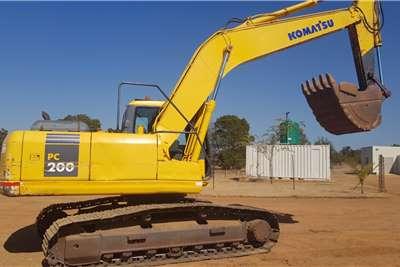 Komatsu PC200 Excavators
