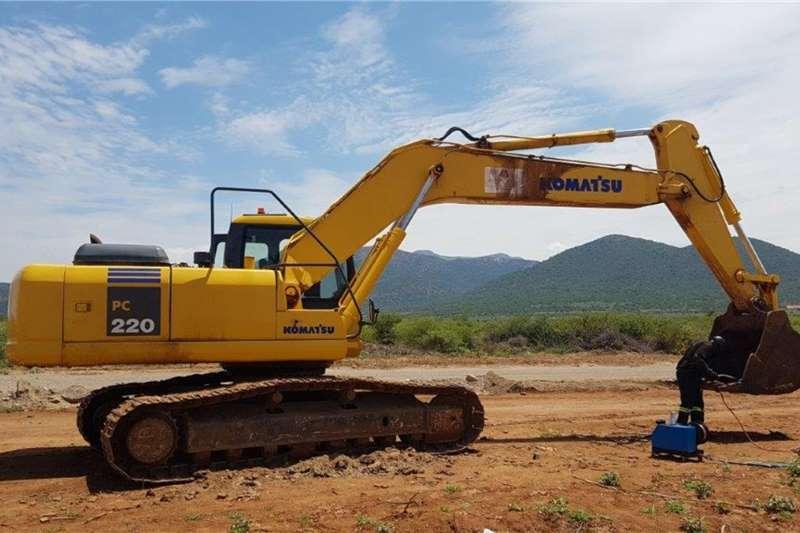 Komatsu Excavators PC220 2007