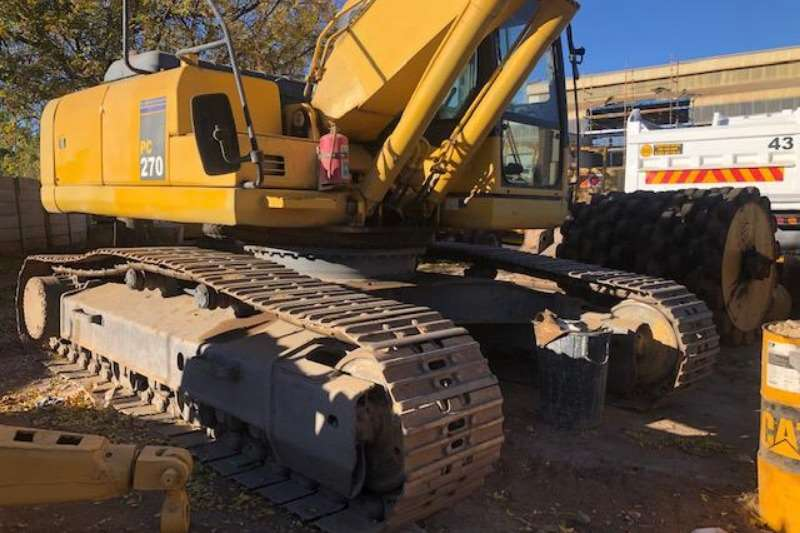 Komatsu Excavators Machinery for sale in South Africa on Truck & Trailer