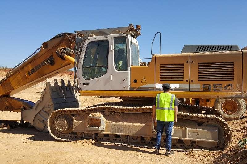 Liebherr Excavators Liebherr R954C Excavator (QEX038) 2013