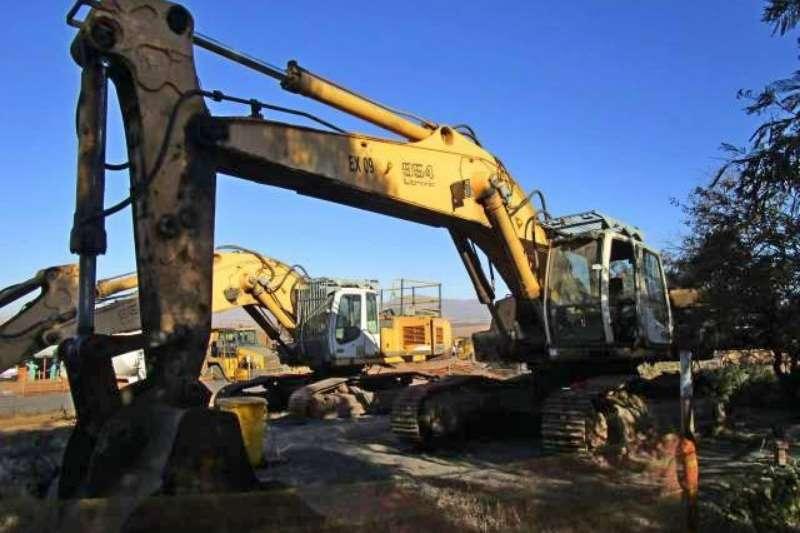 Liebherr Excavators Liebherr R954C HD, Stripped Excavator