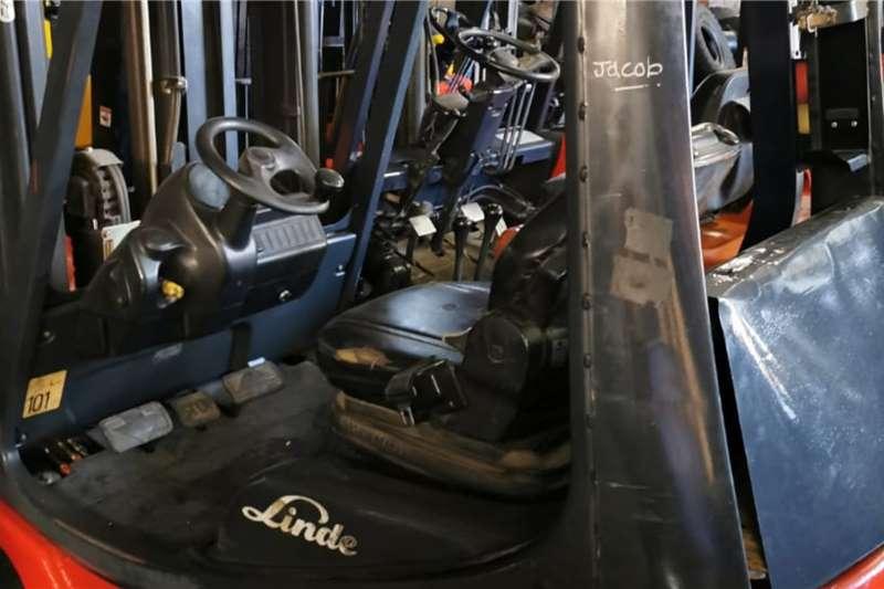 Linde Diesel forklift 1.8 ton forklift Forklifts
