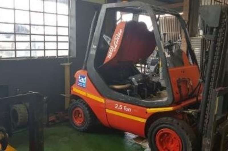 Linde Forklifts Diesel forklift A clean 2.5ton Linde FD25 forklift, Deutz diesel e 2013