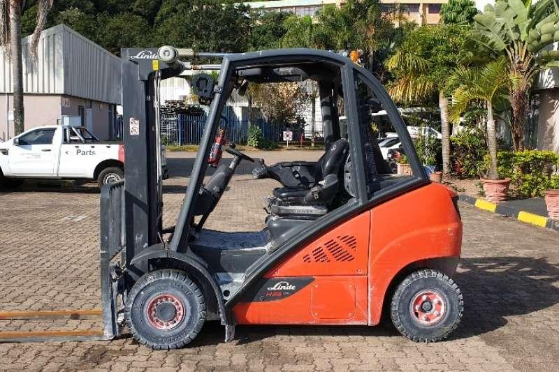 Linde Forklifts Diesel forklift H25DLinde 2.5 ton 2016