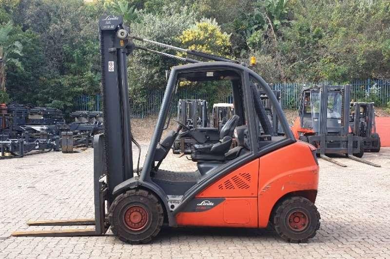 Linde Forklifts Diesel forklift H30DLinde 3 ton 2013