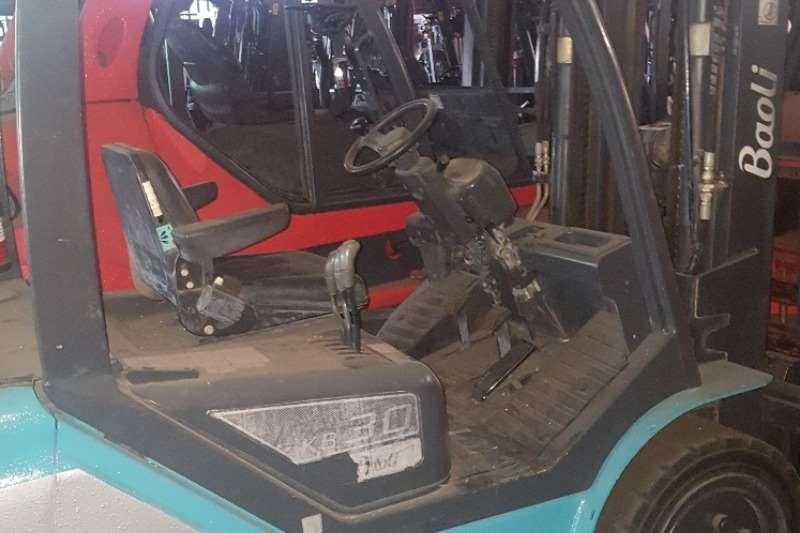 Linde Forklifts Diesel forklift KB30Baoli 3 ton 2016