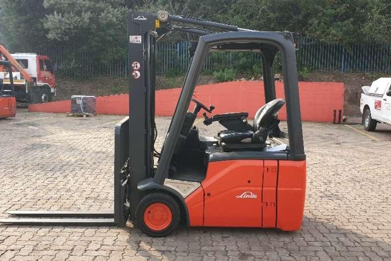 Linde Forklifts Electric Forklift E14Linde 1.4 ton 2014