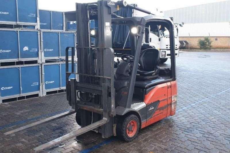 Linde Forklifts Electric forklift E16 02Linde 1.6 ton 2017