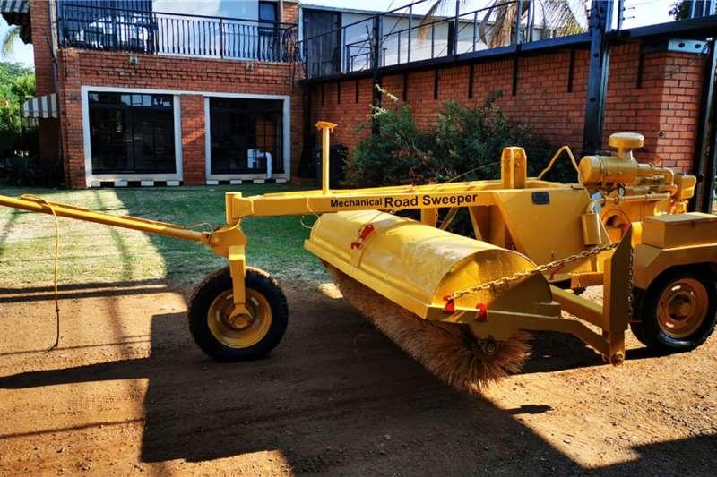 Macnay Mechanical Road sweeper brooms for sale Broom
