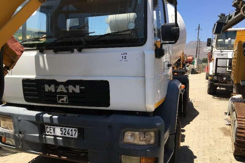 MAN Concrete mixer Man M2000 4x6 2007