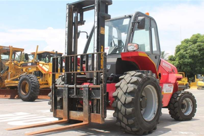 Manitou Forklifts M30 2TH Rough Terrain Forklift 2011