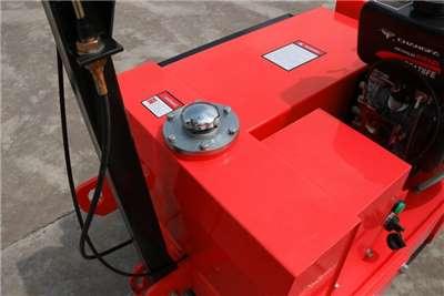 MCM KP60   550kg Walk Behind Roller Compactor