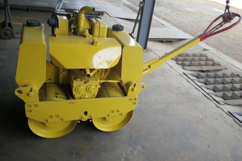MCM Compactor Vipac 2012