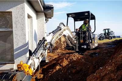MCM 25D Excavator 2.5TON Excavators