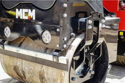 MCM Vibratory roller 1TON Ride On Roller Rollers